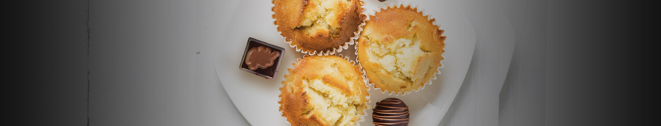 Muffins with Ovidias chocolates: the best of both worlds
